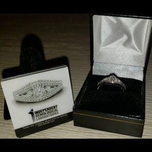 10 k white gold 1/2ct diamond ring size 7